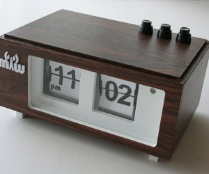 Homemade Flip Clocks: Retro Looks with a Custom Touch