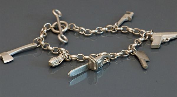 killer_charm_bracelet