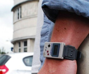 Nintendo Game Boy Watch: Because the Actual Game Boy Didn't Have a Clock Function