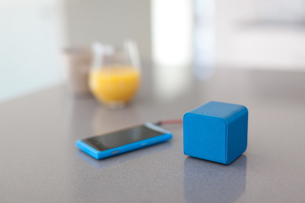 nuforce cube speaker mobile smartphone