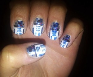 R2-D2 Fingernails Have a Secret Message to Deliver
