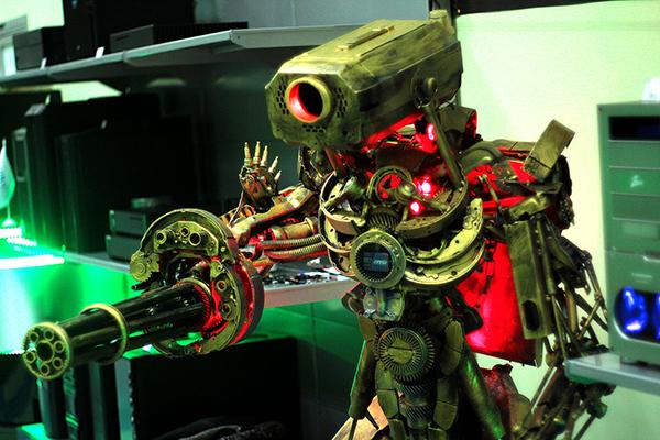 robot pc case mod by wehr-wolf