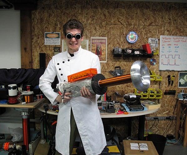 Tesla Gun Fires Lightning Bolts: Coil Your Mind Around This