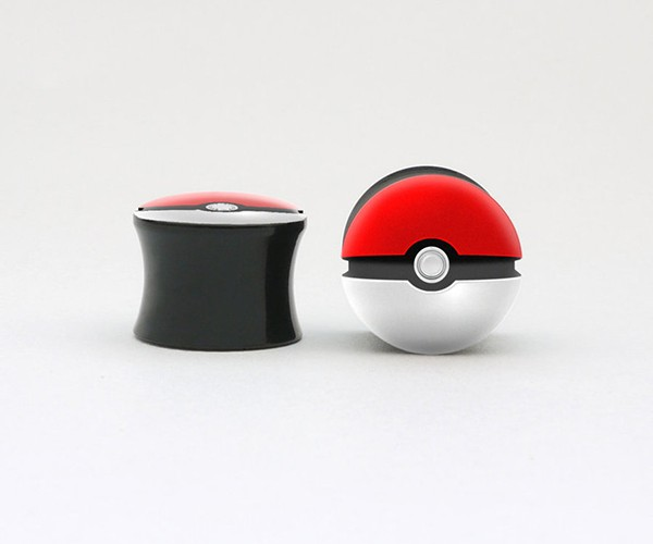 video game ear plugs by marc hermansson 3