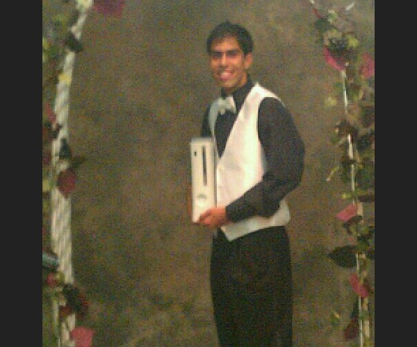 Kid Takes Xbox 360 to Prom: At Least He Had a Date