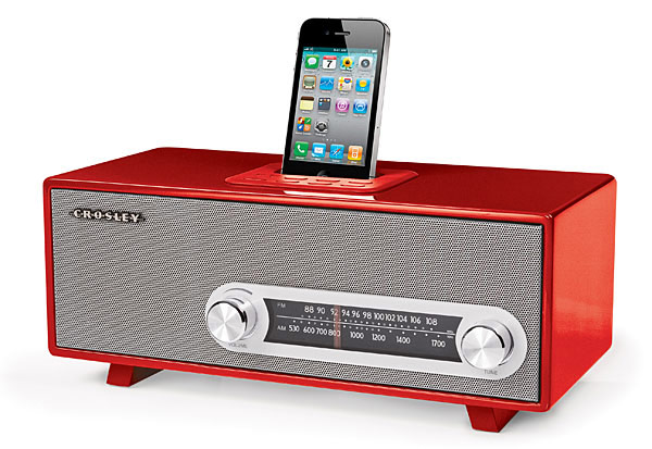 crosley ranchero retro iphone radio dock