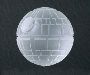 Death Star Ice Cubes Seem Ridiculously Easy for Rebels to Destroy