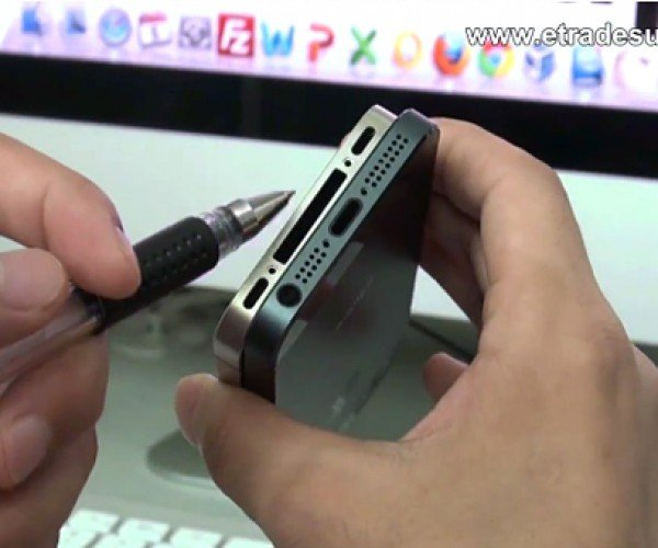Alleged iPhone 5 Back Cover Shown on Video: Tall, Dark and A New Dock Connector DAMMIT APPLE