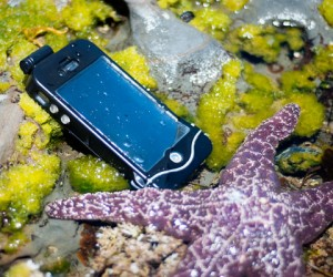 iPhone Scuba Suit Offers Waterproof Protection