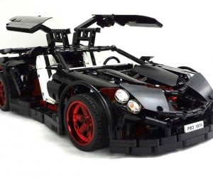 Sweet LEGO Supercar Has Working Five-Speed Transmission