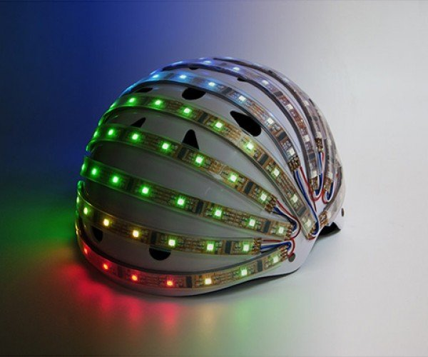 LumaHelm Light-up Helmet Improves Cyclist Safety
