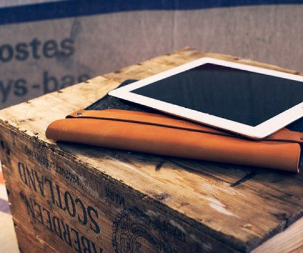 Mujjo iPad Sleeve: Sustainable Materials, Smart Design