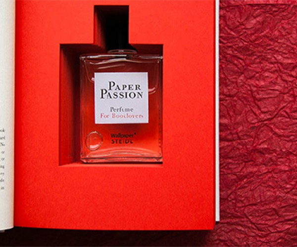 Make Your E-books Smell Like a Real Book with Paper Passion