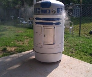 R2-D2 Smoker Grill Makes R2 Hot Under the Dome