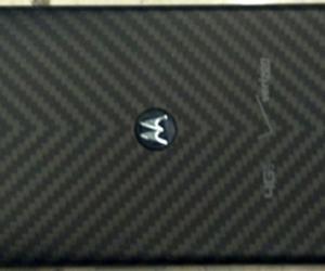 Rumored Pic of Motorola Droid Razr HD Leaks