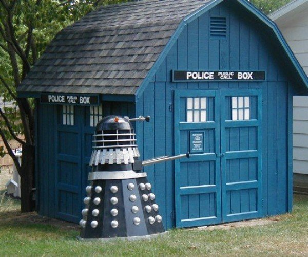 TARDIS Shed: The Chameleon Circuit Works, Kinda