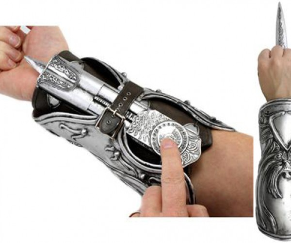 Assassin's Creed Hidden Blade Gauntlet Replica Can Be Yours for a Brotherly Price