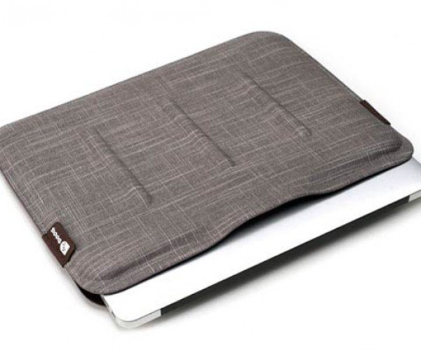 Booq Viper MacBook Air Sleeve: As Natural As They Come