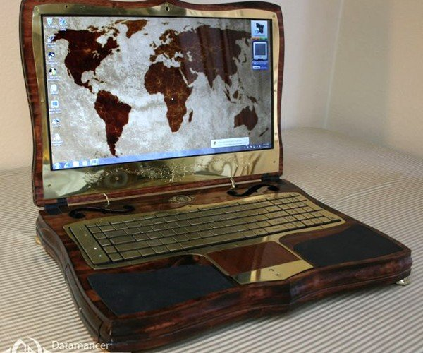 Datamancer Steampunk Laptop 2.0: A Gamer's Laptop in Shelf's Clothing