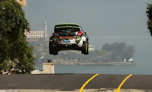 Ken Block Ford Fiesta - Hot Girls Wallpaper Gymkhana 5 Wallpaper