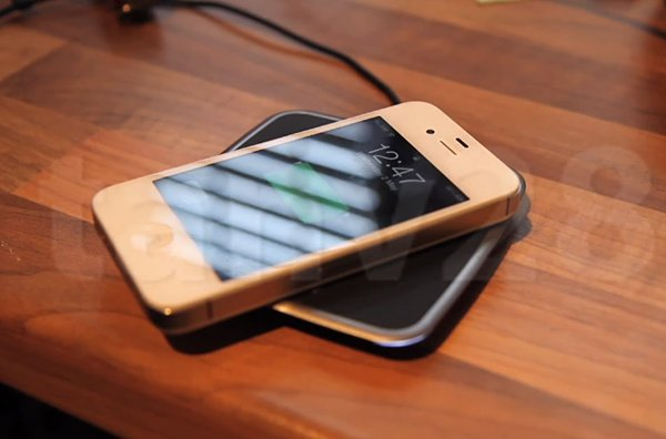 iphone 4s powermat wireless charging mod