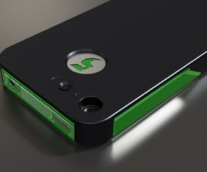 FLASHr iPhone Case Shines a Light on Notifications