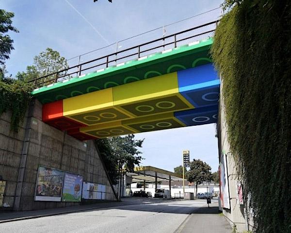 lego_bridge_1