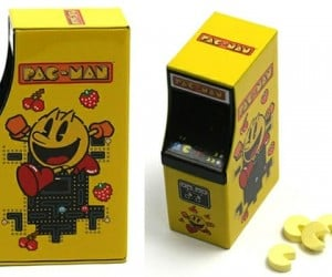 Pac-Man Arcade Candy Turns Dot Gobblers into Gobbl-ees
