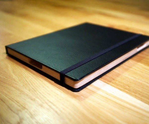 The French Cover for iPad: More Moleskine than Moleskine