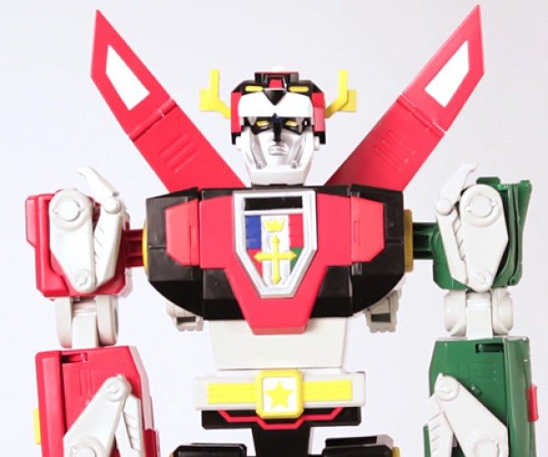 Club Lion Force Voltron Action Figures Form One Expensive Robot