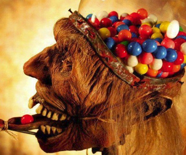Zombie Head Gumball Machine Makes You Crave Brains