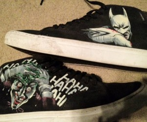 Awesome Mom Paints Her Son's Converse, Dark Knight Style