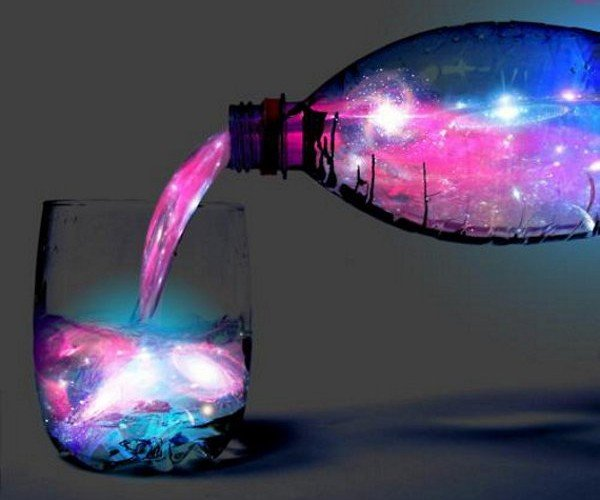 Mix Up Cosmic Cocktails with Gin, Tonic, and a Black Light