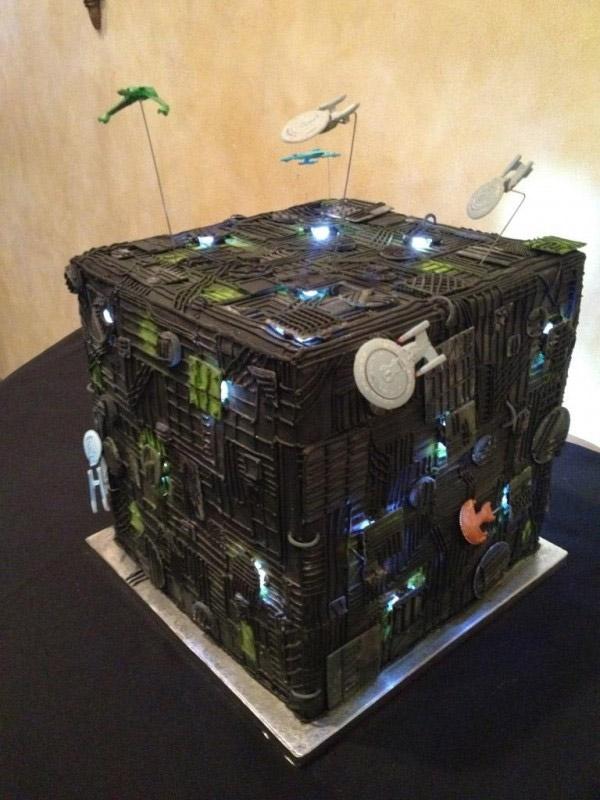 borg_cube_cake