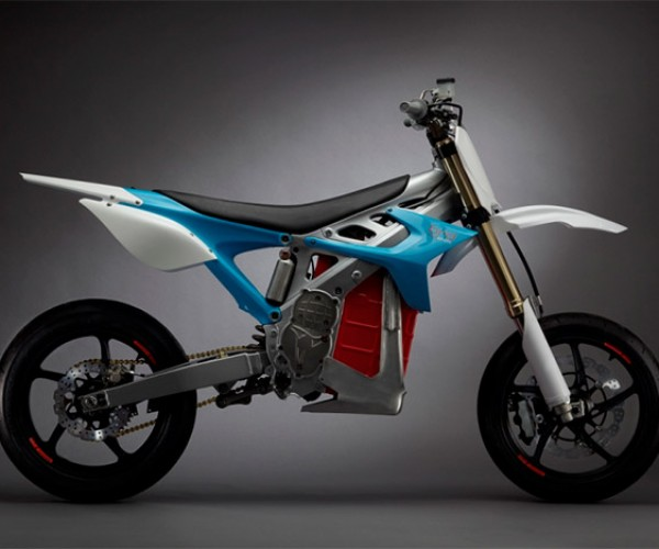 Electric Motorcycles Can Now Get up to $2500 in Tax Credit