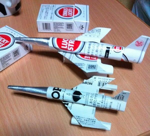 cigarette_airplanes_3