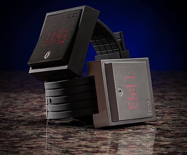 Click Wall Switch Watch Flips Time on and off