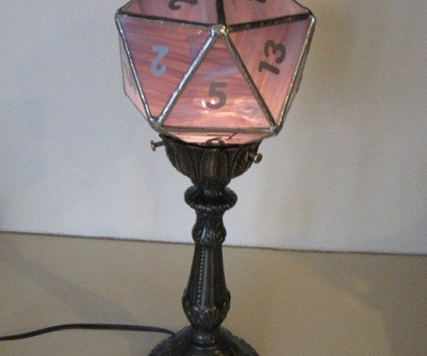 D20 Lamp Will Light up Your Dungeon