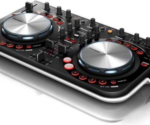 Pioneer Unveils Its Cheapest DJ Controller Ever, The DDJ-WeGo