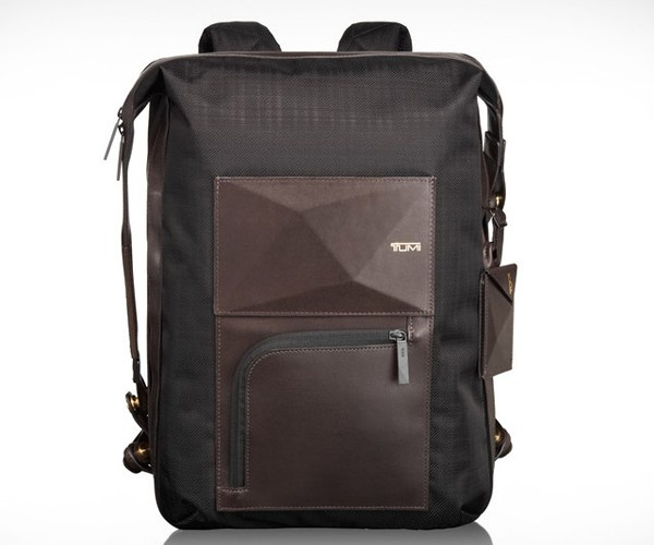 Tumi Dror Backpack: The Transformer Bag