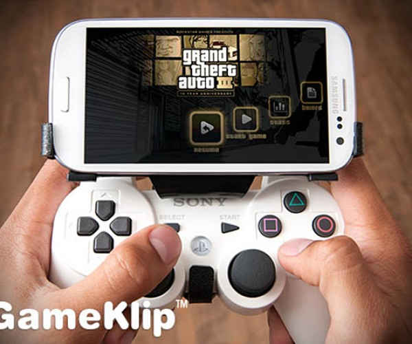 GameKlip Combines PS3 Controller with Android Phones: Poor Man's PlayStation Phone