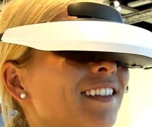 Sony Reveals HMZ-T2 3D Head-Mounted Display