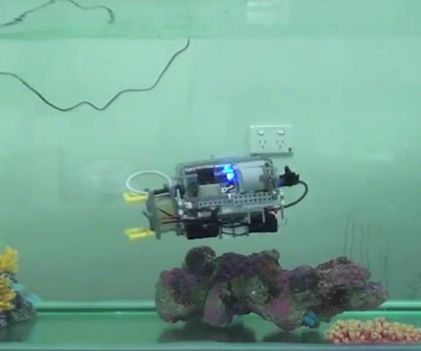 LEGO Underwater Robot: Insert Brick and Sink Joke Here