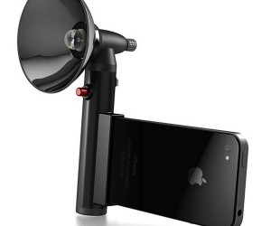 Paparazzo Light: The Ultimate Flash for iPhones