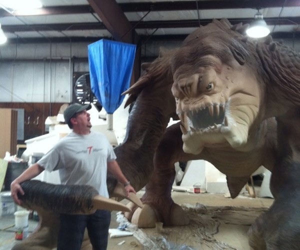 501st Legion Builds a Life-sized Rancor Monster, Malakili Cries