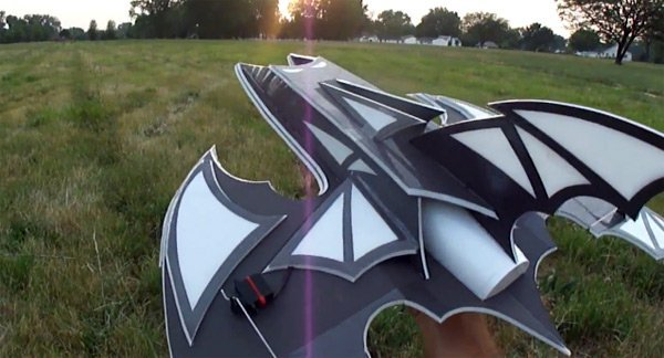 rc batwing toy