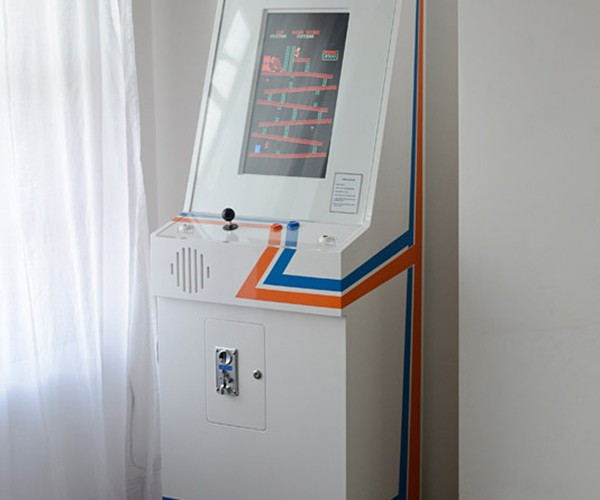 replay arcade machine by tom goodfellow 6