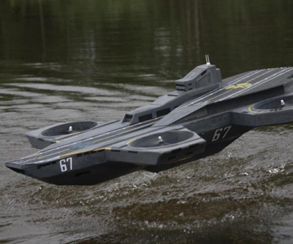 Remote-Controlled S.H.I.E.L.D. Helicarrier Assembled