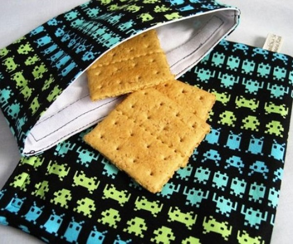 Space Invaders Sandwich Bags Protect Lunches By Firing Projectiles at Thieves