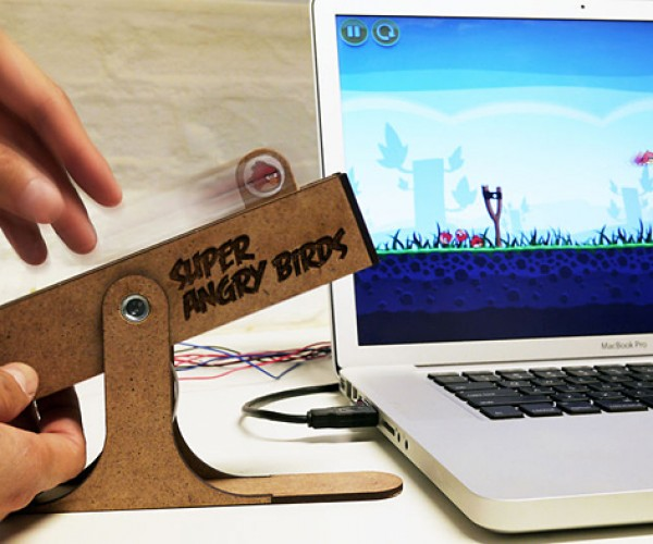 Super Angry Birds USB Controller: Fake Slingshot Adds More Realism